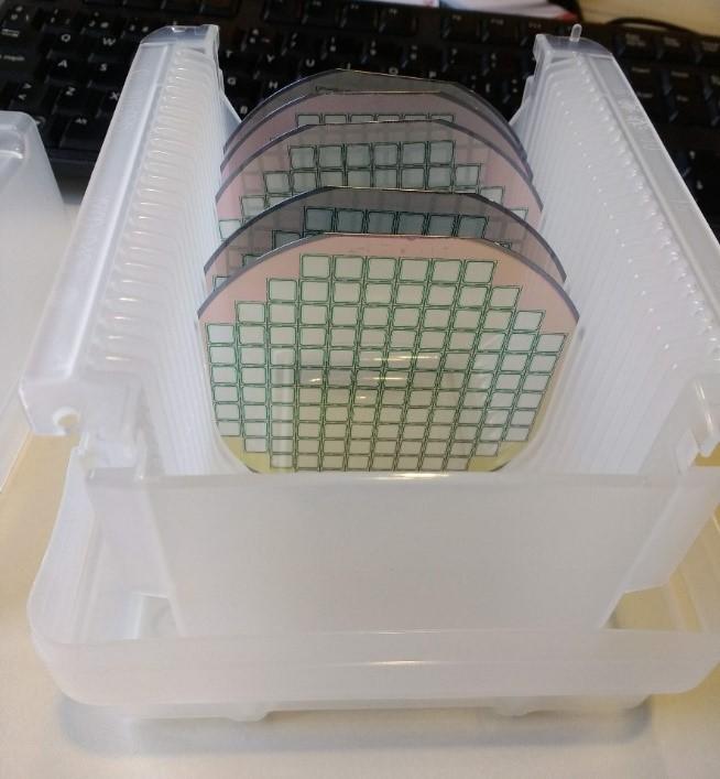 Detalle de los dispositivos de silicio que se integran en el sensor.